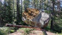 Kiikkuva kivi